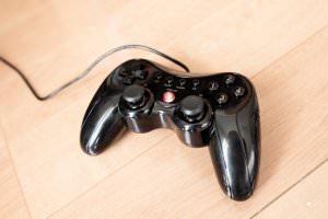 Minecraft用にELECOM(エレコム)のゲームコントローラーを導入した、Joy to keyでの設定方法など
